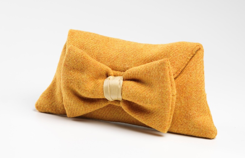 Bow Clutch Yellow