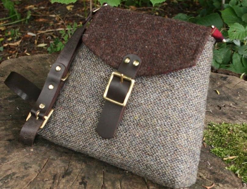 http://www.tweedvixen.co.uk/bags-39-c.asp