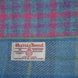 http://www.tweedvixen.co.uk/harris-tweed-notebooks-37-c.asp