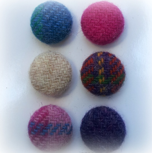 tweed buttons